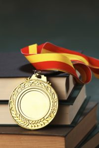 istock_000023720195large_medal